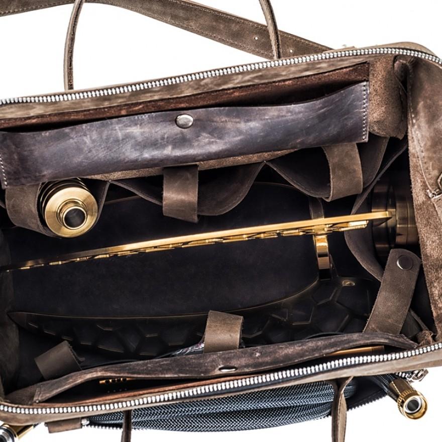 hi-tech-leather-bag-shisha.jpg