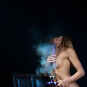 hi tech hookah naked girl